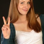 BodyLanguageProjectCom - V-sign Or Victory Sign